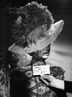 Barbra Streisand poses for screen test on Hello, Dolly! Hooray For Hollywood, Old Hollywood, Screen Test, Broken Leg, Barbra Streisand, Hello Dolly, Lady And Gentlemen, Rare Photos, Behind The Scenes