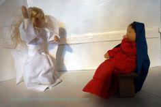 Engel erschrickt Jungfrau Maria