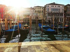 Morning in Venice December is off to a sunny & chilly start here in Italy #kissfromitaly @the__ocean__
