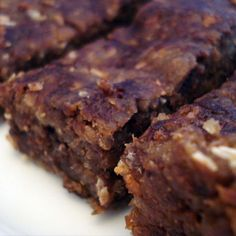 Vegan Chocolate Protein Bars  Per serving (1 bar): 184 calories, 5.4g fat (3g saturated), 29g carbohydrates, 37mg sodium, 113mg potassium, 3g fiber, 7.3g protein