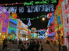 The best holidays to visit at #WaltDisneyWorld in 2015 from #UndercoverTourist.