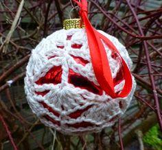 haakpatroon kerstbal, kerstballen haken, gehaakte kerstballen, kerst, haken voor de kerstboom, kerst decoratie, nederlands haakpatroon, nederlands haakpatroon kerstbal