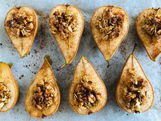 Honey Roasted Pears Healthy Desserts, Healthy Food, Healthy Recipes, Pear Dessert, Roasted Pear, Pear Recipes, Rolled Oats, Pears, Tray Bakes