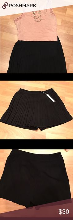 "Lauren Conrad Black Pleated Skirt/Skort Too pretty and feminine for words - classic LC style! This gorgeous ""skort"" can easily be dressed up or down. NWT. LC Lauren Conrad Shorts Skorts"