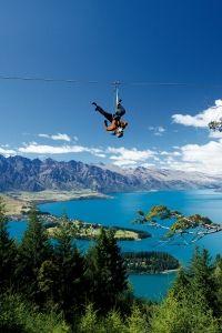 Zipline Tour in Queenstown, Nieuw Zeeland. https://www.hotelkamerveiling.nl/hotels/nieuw-zeeland.html
