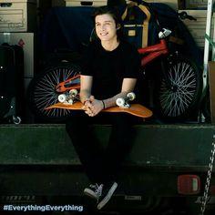 #everythingeverything Olly ❤ Nick Robinson