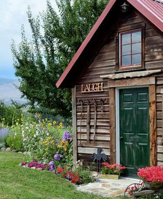133 best small cabin escapes images in 2019 cottage log cabins rh pinterest com