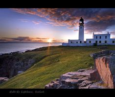 Lighthouse Photography | Rua Reidh Lighthouse, a photo from Highland, Scotland | TrekEarth