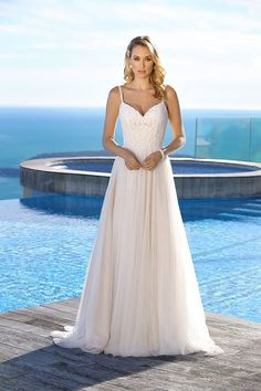 Explore the extensive collection of wedding dresses by Ladybird Bridal online. Affordable, stylish wedding dresses with the perfect fit for any figure. Fit And Flare Wedding Dress, Sweetheart Wedding Dress, Tea Length Wedding Dress, Classic Wedding Dress, Wedding Dresses Plus Size, Colored Wedding Dresses, Bridal Wedding Dresses, Designer Wedding Dresses, Bling Wedding