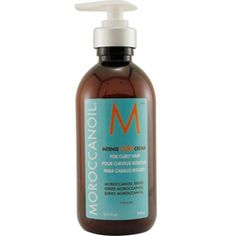 Going naturally wavy with the best hair products - MoroccanOil intense curl cream - http://www.urbanewomen.com/going-naturally-wavy-with-the-best-hair-products.html