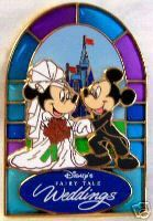 DISNEY MICKEY MINNIE FAIRY TALE WEDDINGS  3D PIN NEW $24.99