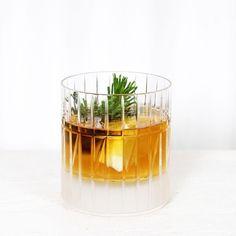 Fresh Tea (Thx it's Friday) #스태리룸 #starryroom #starryroomkr #홈데코 #인테리어 #interior #homedeco #home #living #리빙 #kitchen #kitchencloth #키친 #키친크로스 #커튼 by starryroomkr