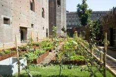 Aiuole dell'orto Il giardino del castello  Medieval garden in Torino, Italy...