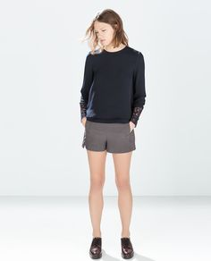 ZARA - TRF - TOP WITH EMBROIDERED CUFF