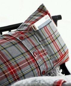 Almohada o almohadon con camisa p libro ,ipod,etc