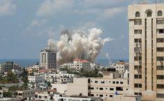 GUERRA SANTA 06 - 8 de Julio - En respuesta al lanzamiento de cohetes de Hamas, Israel anuncia el inicio de la operación militar llamada 'Margen Protector' y bombardea la Franja de Gaza.