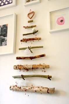 Árboles de Navidad originales - Decoración navideña diferente Twig Tree, Navidad Diy, Christmas Decorations, Holiday Decor, Christmas Ideas, Xmas Tree, Fun Crafts, Elsa, Hair Accessories