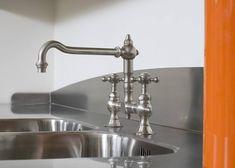 Rostfria diskbänkar i specialmått och specialutförande.