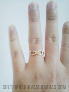 Solteiras Noivas Casadas: Recebidos: 1 Pulseira e 3 Anéis da Rings & Tings
