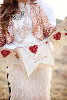 Valentine heart bunting