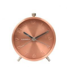 Wake up in style with this Cloudnola Glam Alarm Clock. Whether you choose Gold or Rose Gold, this alarm clock will make sure you're just fashionable, not fashionably late. Bedroom Clocks, Gold Bedroom, Home Decor Bedroom, Bedroom Ideas, Master Bedroom, Rose Gold Room Decor, Rose Gold Rooms, Rose Gold Accessories, Home Decor Accessories