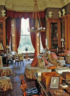 decordesignreview: chintz-filled English room ...