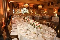 Reception at the Missouri Athletic Club | Photography: Steve Seebeck | Wedding Planner: Cosmopolitan Events