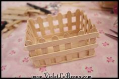 Popsicle Stick Craft Tutorial White Picket Fence Make Up Box Arts and Crafts Exactly what are 'arts & crafts'? Normally, the expression 'arts & crafts' ref Pop Stick Craft, Ice Cream Stick Craft, Stick Art, Craft Stick Crafts, Wood Crafts, Craft Stick Projects, Craft Sticks, Art Projects, Popsicle Stick Houses