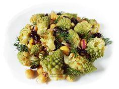 Mancare de naut cu conopida Romanesco si merisoare Quinoa, Sprouts, Broccoli, Unt, Vegetables, Food, Essen, Vegetable Recipes, Meals