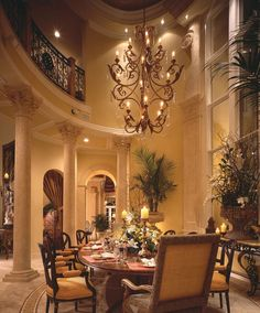 Dining room. Luxury. Traditional. Corinthian columns.