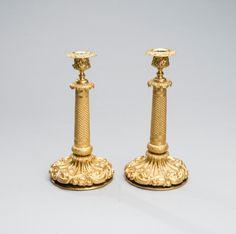Par de candlesticks em bronze gilded a ouro da primeira metade do sec.19th, 27cm de altura, 2,500 USD / 2,240 EUROS / 7,900 REAIS / 15,230 CHINESE YUAN https://soulcariocantiques.tictail.com