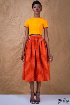 Le Ghana fait preuve de beaucoup de créativitéquand il s'agit de mettre en avant la richesse culturelle de leur paysau niveau de la mode. D'ailleurs, plusieurs de nos marques africaines coup de cœur viennent de ce pays d'Afrique de l'Ouest. C'est grâce à sa collection 2015/2016 que nous avons reperé la marque Raffia. Elle a ...