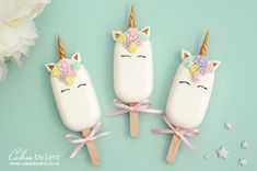 Unicorn Cakesicle / Popsicle Tutorial – Cakes by Lynz Cake Pop Decorating, Cake Decorating Videos, Cake Decorating Techniques, Paletas Chocolate, Unicorn Cake Pops, Unicorn Cakes, Magnum Paleta, Cake Pop Tutorial, Cute Desserts