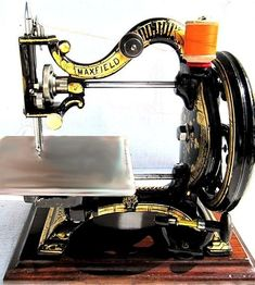 Sewing Machines A super rare Maxfield marked Agenoria Sewing Machines Best, Antique Sewing Machines, Vintage Sewing Notions, Vintage Sewing Patterns, Sewing Art, Sewing Toys, Sewing Machine Accessories, Old Tools, Sewing Stitches