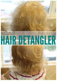 Natural DIY Hair Detangling Spray (with Coconut Oil) - Fabulessly Frugal - Hair Care Best Natural Hair Products, Natural Haircare, Natural Shampoo, Natural Oil, Beauty Products, Beauty Tips, Diy Products, Beauty Ideas, Diy Beauty