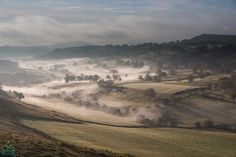 Misty Dove Valley. Peak District, derbyshire The Way Home, Peak District, Environment Concept Art, Derbyshire, Getting Out, Mists, Grand Canyon, Sunrise, National Parks