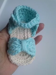 Crochet baby sandal with bow in pale blue yellow by AmarteBaby, $12.00