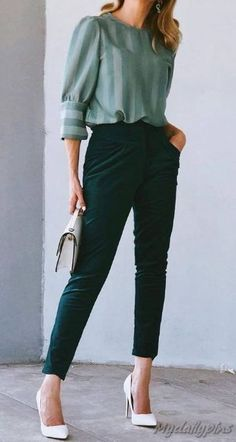 15 Colorfull Casual Winter Outfits Source by Mydailypinscom outfits casual Summer Office Outfits, Office Outfits Women, Business Casual Outfits, Winter Outfits For Work, Professional Outfits, Summer Fashion Outfits, Casual Winter Outfits, Mode Outfits, Skirt Fashion