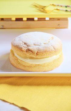 MOKAさんの「爽やかレモンクリームケーキ」レシピ。製菓・製パン材料・調理器具の通販サイト【cotta*コッタ】では、人気・おすすめのお菓子、パンレシピも公開中!あなたのお菓子作り&パン作りを応援しています。