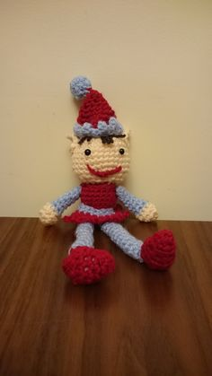 I've Made Friday Week 130 ~ Crochet Addict UK ~ Come & show off what you've been #crocheting, #knitting, #spinning, #weaving, #looming, #making, #crafting ~ http://www.crochetaddictuk.com/2014/12/ive-made-friday-week-130.html ~ Christmas Crochet Elves (Elf)