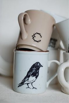 little old hat: Waterslide Decal Tutorial Diy Projects Ikea, Diy Projects To Try, Custom Decals, Custom Mugs, Make Your Own Coffee, Tampons, Mug Designs, Diy Tutorial, Diy Gifts