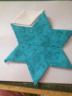 69 Ideas Vintage Quilting Tutorials For 2019 Quilting Tutorials, Quilting Projects, Quilting Designs, Quilting Ideas, Sewing Tutorials, Jelly Roll Quilt Patterns, Machine Quilting Patterns, Star Patterns, Free Motion Quilting