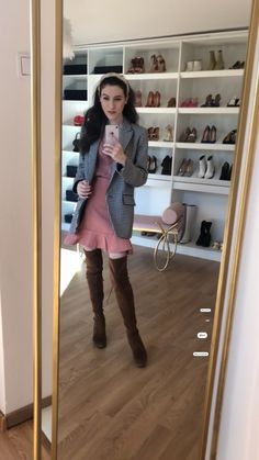 Blazer Outfits, Date Outfits, Knee High Boots, Over The Knee Boots, London Fashion Bloggers, Fashion Trends, Spring Outfits Women, Only Fashion, Business Outfits