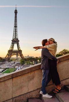 Femei singure paris - caut sex la telefon. intrebari despre sex pentru cupluri
