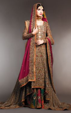 Latest Bridal Sharara Designs For Wedding Pakistani Wedding Outfits, Pakistani Wedding Dresses, Pakistani Dress Design, Designer Wedding Dresses, Pakistani Designers, Wedding Gowns, Desi Wedding, Sharara Designs, New Bridal Dresses