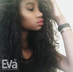 WOW! How do you love the black natural wavy hair, girls???You are sooo pretty babe @phebee.fl(IG) SKU:cec109 www.evawigs.com #evawigs #eva #wavy #blackhair #fulllacewig #naturalhair #wigs #makeup #sexy #pretty #cute
