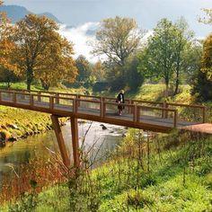 STREETLIFE Crossline CorTen Bridge. Flat bridges with segmented fencing, made of CorTen steel. Robust and playfully!