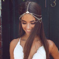 Bossy x Minc - Dreamer Head Chain - Gold Headpiece Jewelry, Head Jewelry, Body Jewelry, Look Body, Hair Chains, Fashion Accessories, Hair Accessories, Dream Hair, Womens Fashion Online