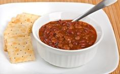 venison chili recipes, thick spicy bowl of chili made with deer meat Venison Recipes, Crockpot Recipes, Healthy Recipes, Healthy Meals, No Meat Chili Recipe, Chili Recipes, Brisket Meat, Pre Made Meals, Deer Recipes