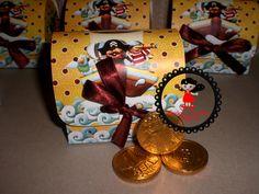 bauzinho com moedas de chocolate para lembrancinha